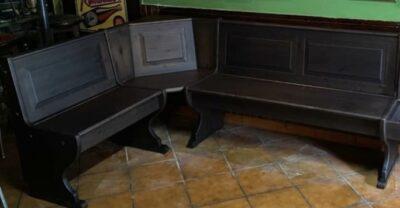 Angolo panca e divanetto in legno per irish pub 133X193 TINTA NOCE SCURO NCB